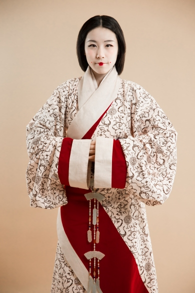 Han dynasty wrap-around robe