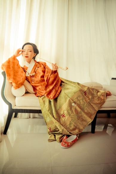 Ming dynasty style with horse face skirt